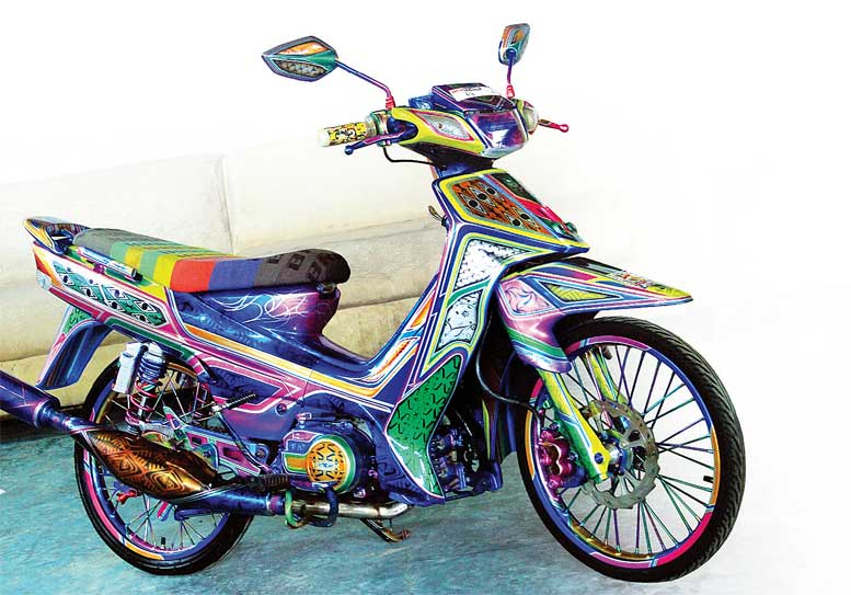 YAMAHA F1ZR '02 - SORONG : Andalkan Local - Culture