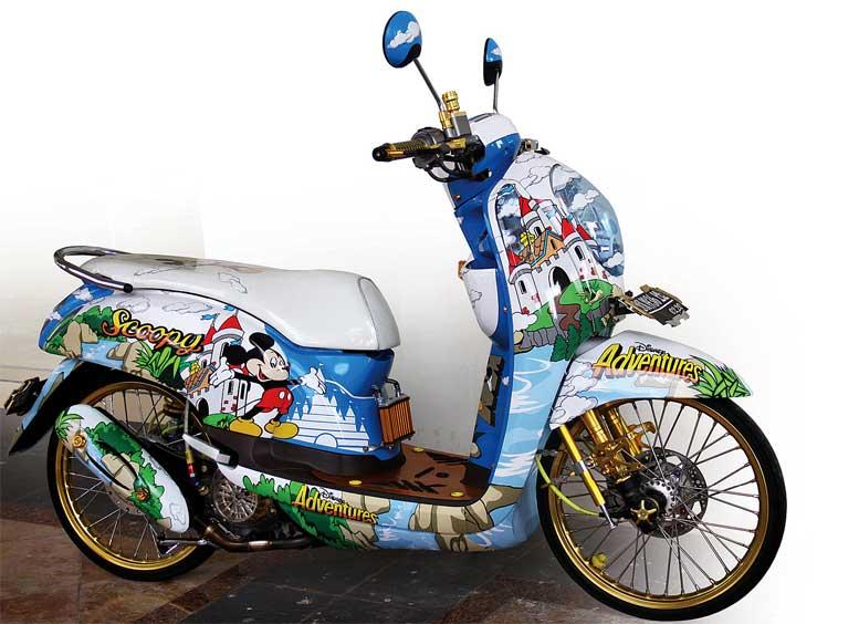 Gambar Motor    Scoopy    Modif Doraemon  impremedia